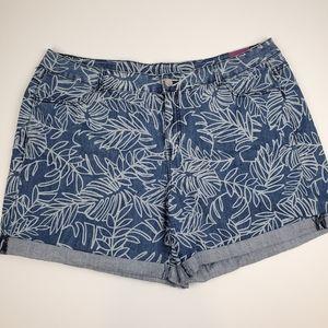 NWT Lane Bryant Palm Print Weekend Shorts